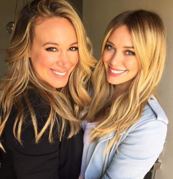 Et avec sa soeur aînée. On dirait presque des jumelles, non ?