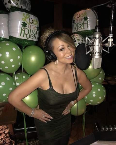 D'ailleurs, Mariah Carey a voulu nous faire croire qu'elle avait bossé au lieu de boire des pintes. ET LA MARMOTTE.