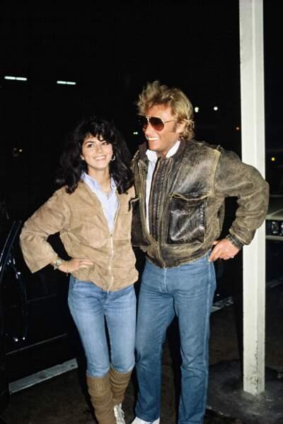 Puis fin 1981, il rencontre Babeth Etienne et l'épouse rapidement ...