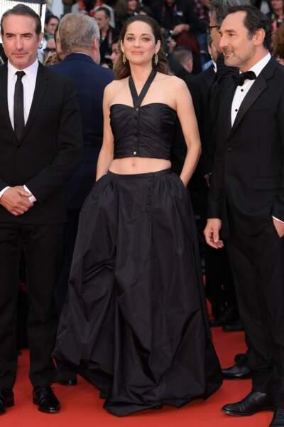 Marion Cotillard accompagnée de Jean Dujardin et Gilles Lellouche