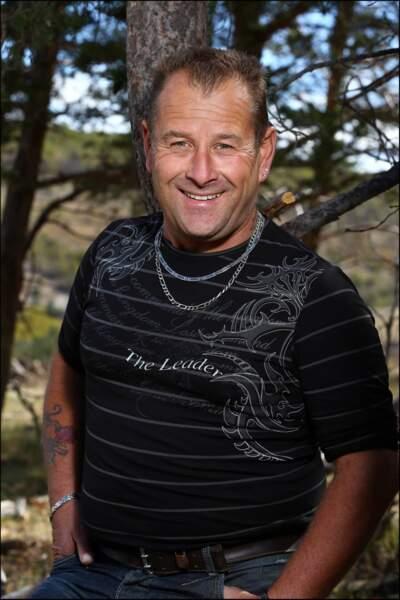 Gilles, 45 ans, éleveur de chèvres et de vaches allaitantes.
