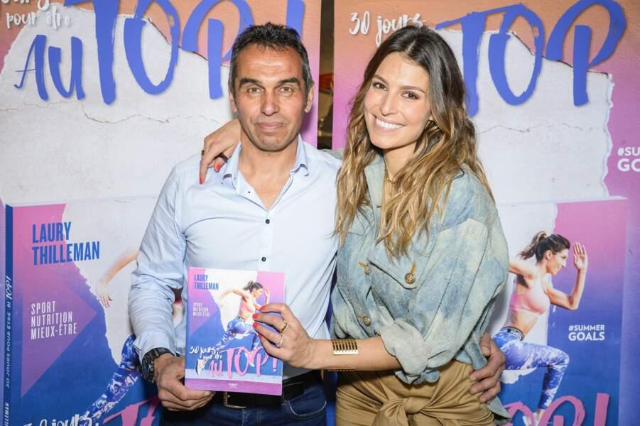 Laury Thilleman et son père à la soirée de lancement de son livre 30 jours pour être au top