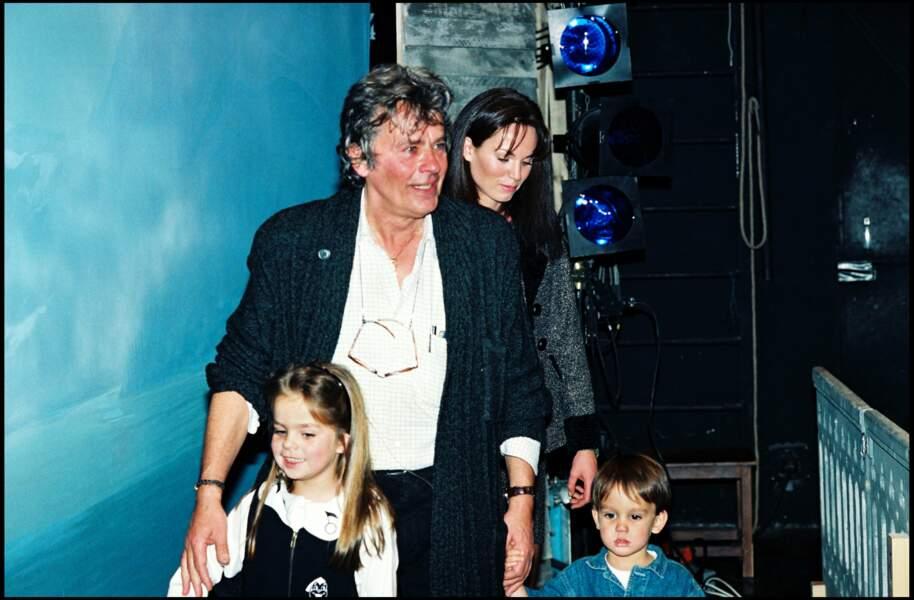 La famille réunie au Théatre Marigny pour son anniversaire