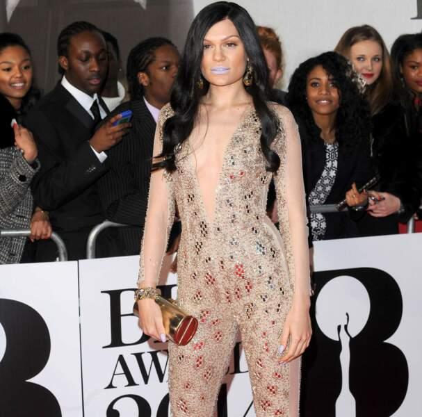 Jessie J n'est pas connue pour sa sobriété : la preuve en image (un gros malus pour le rouge-à-lèvres...)