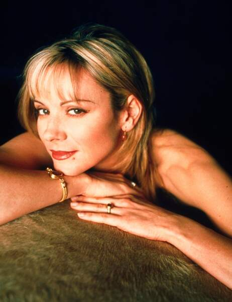 Kim Cattrall alias la sulfureuse Samantha dans la toute première saison de Sex and the City