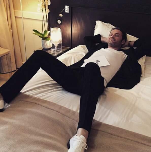 Augustin Trapenard de Canal + est à Cannes. Lui.