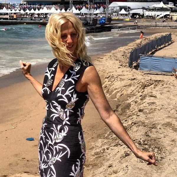 Sandrine Kiberlain, divine sur la plage
