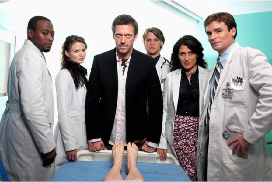 Foreman, Allison Cameron, House, Chase, Cuddy et Wilson (ainsi qu'une personne inconnue)