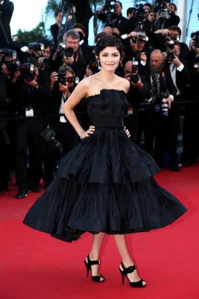 Encore une robe somptueuse pour Audrey Tautou ! Y a pas à dire, elle représente bien la classe à la française !