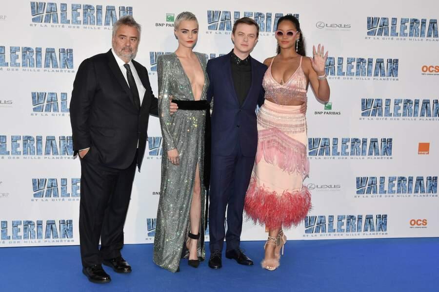 Luc Besson entouré de ses acteurs : Cara Delevingne, Dane DeHaan et Rihanna
