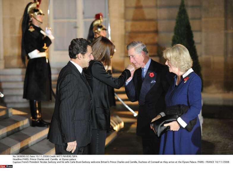 20 ans plus tard, une nouvelle épouse pour Charles qui rencontre le nouveau président Sarkozy et Carla