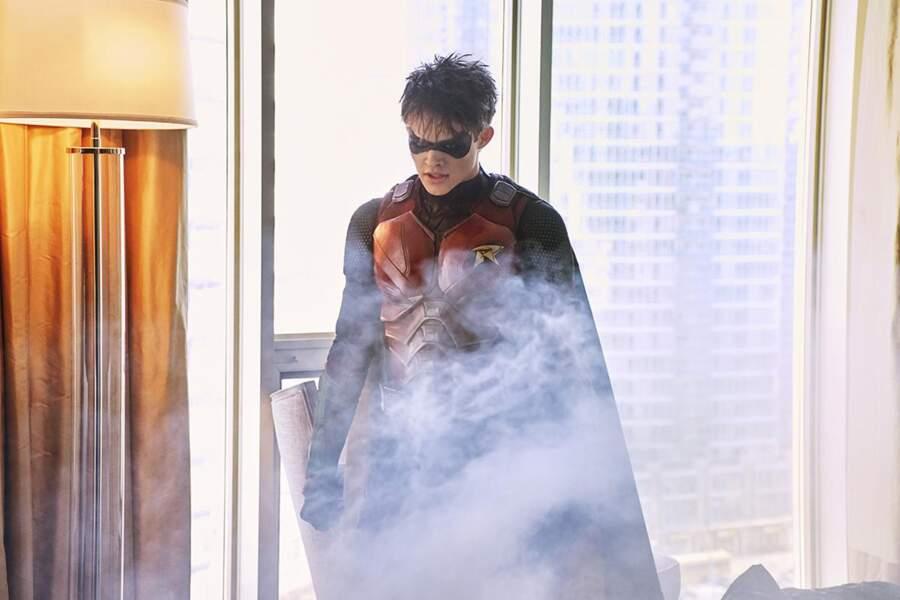 Depuis le départ de Dick Grayson, Batman a trouvé un nouveau Robin en la personne de Jason Todd…