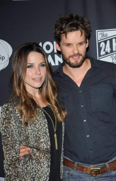 Elle a fréquenté un autre acteur avec qui elle roucoule dans la série, Austin Nichols