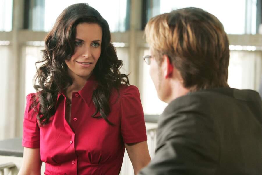 La voilà dans Dirt, série télé diffusée en 2007.