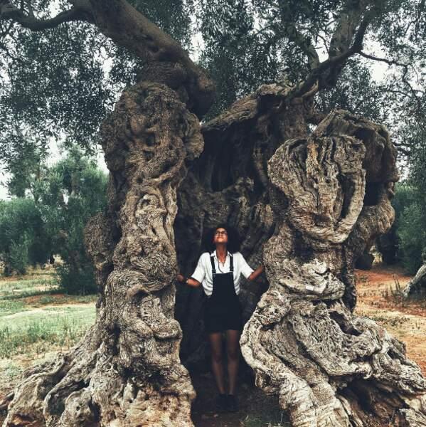 Pause nature pour Nathalie Emmanuel en Italie elle aussi.