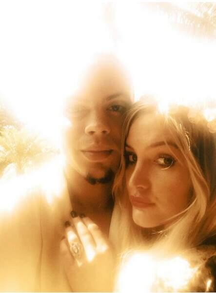 Ashlee Simpson est une femme comblée... et fiancée à Evan Ross