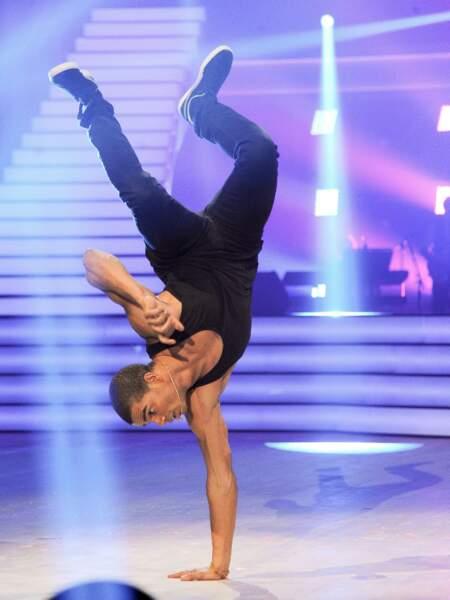 Brahim Zaibat à la première de la tournée Danse avec les stars à Bercy