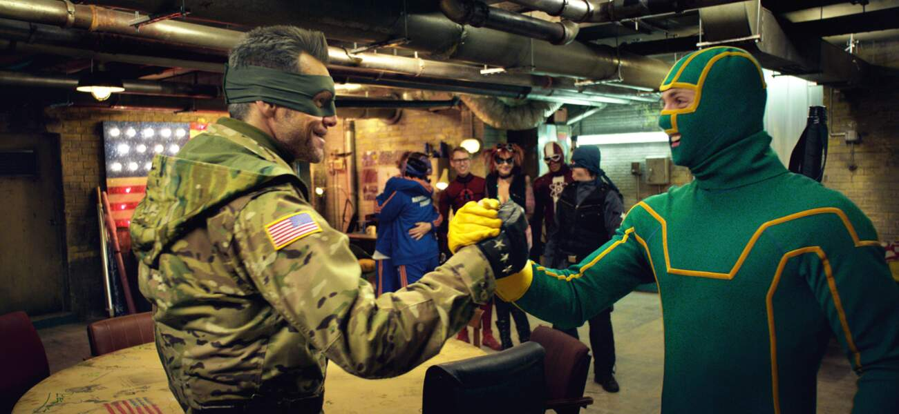 2013 - Kick-Ass 2 | Jim Carrey et Aaron Taylor-Johnson.