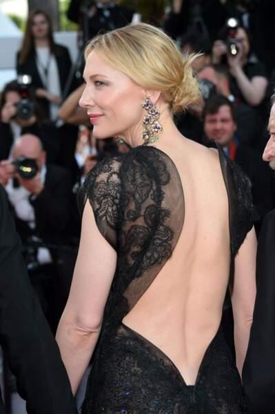 Dont la présidente a rayonné pendant le Festival, comme ici avec cette robe dos nu