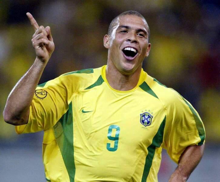 2. Ronaldo (Brésil) 15 buts