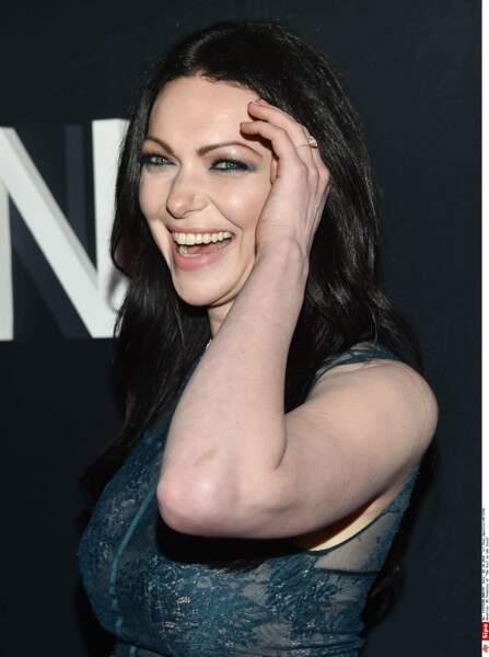Pas de changement de look flagrant pour son actrice Laura Preon, à part les lunettes