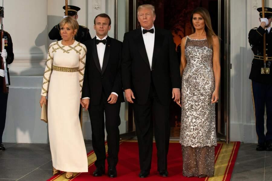 Dans la soirée s'est tenu le très attendu dîner d'État à la Maison-Blanche...