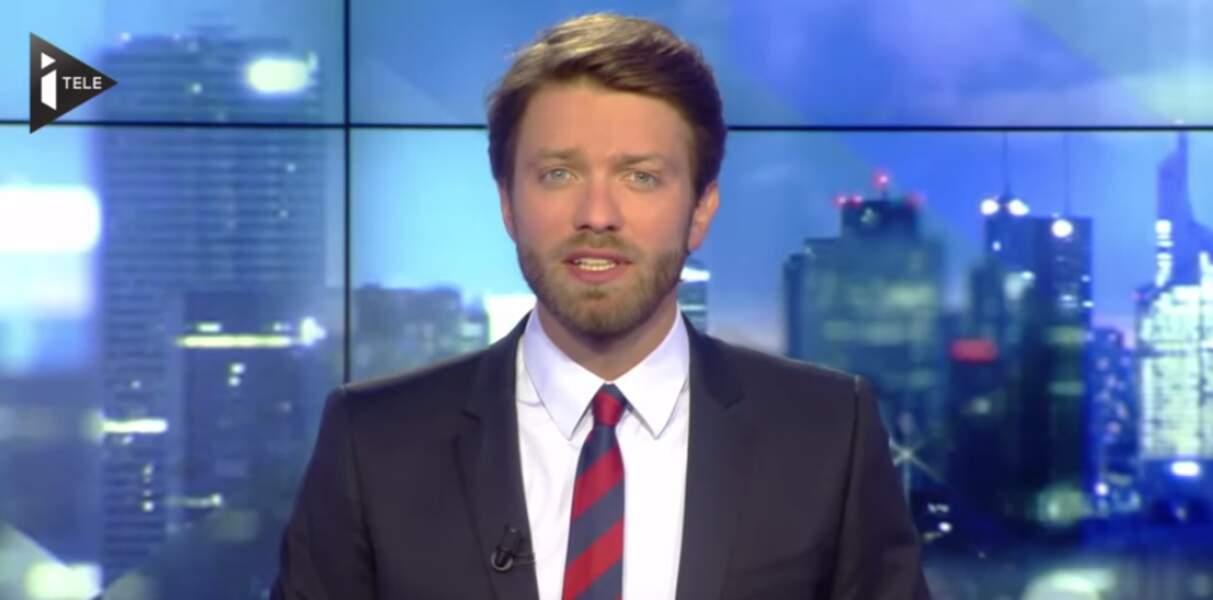Antoine Genton présente une partie des tranches infos du week-end d'iTÉLÉ