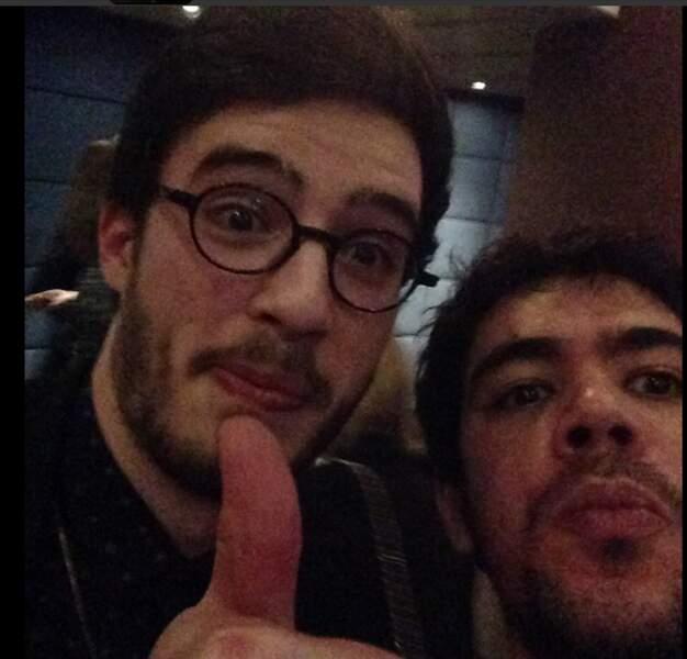 Un selfie avec Alexandre, c'est compliqué : il est tellement grand qu'on a du mal à rentrer dans le cadre