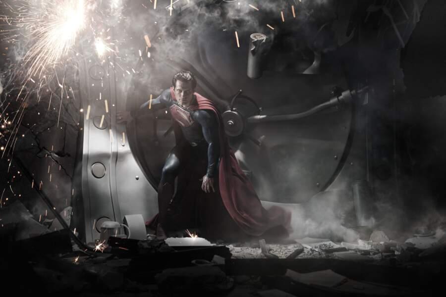 Henry Cavill jouera le rôle de Clark Kent/Superman