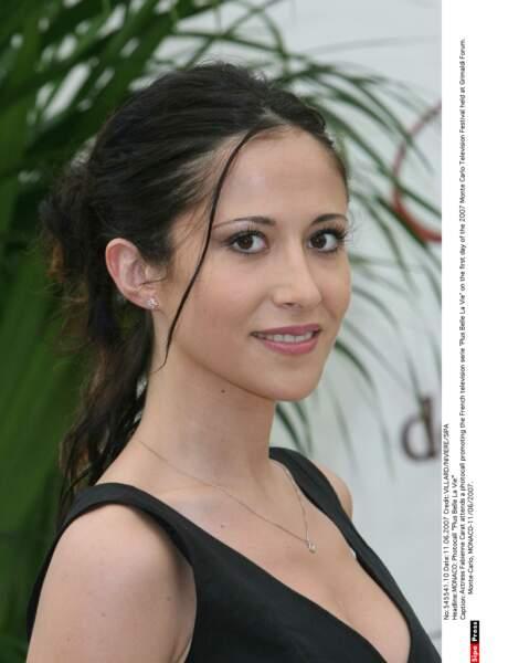 Autre personnage central : Samia Nassri (Fabienne Carat, ici en 2007) ...