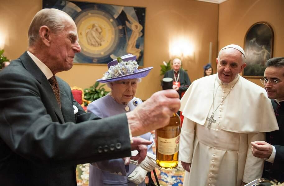 On boit un coup avec le Pape François au Vatican