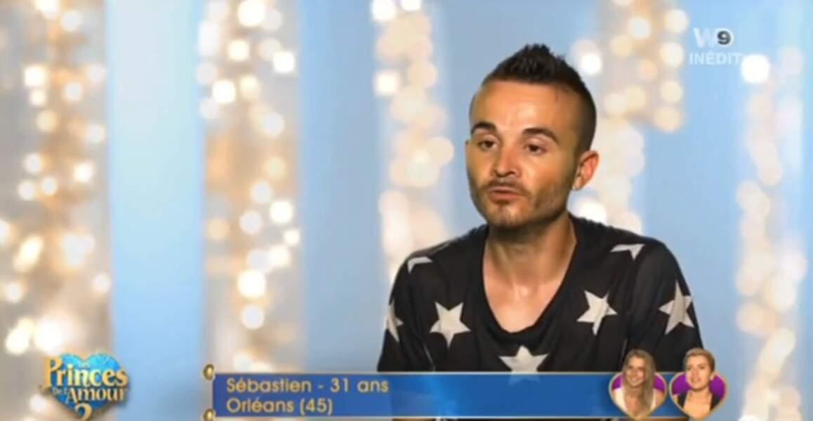 On commence avec le joli t-shirt étoilé de Sébastien des Princes de l'amour