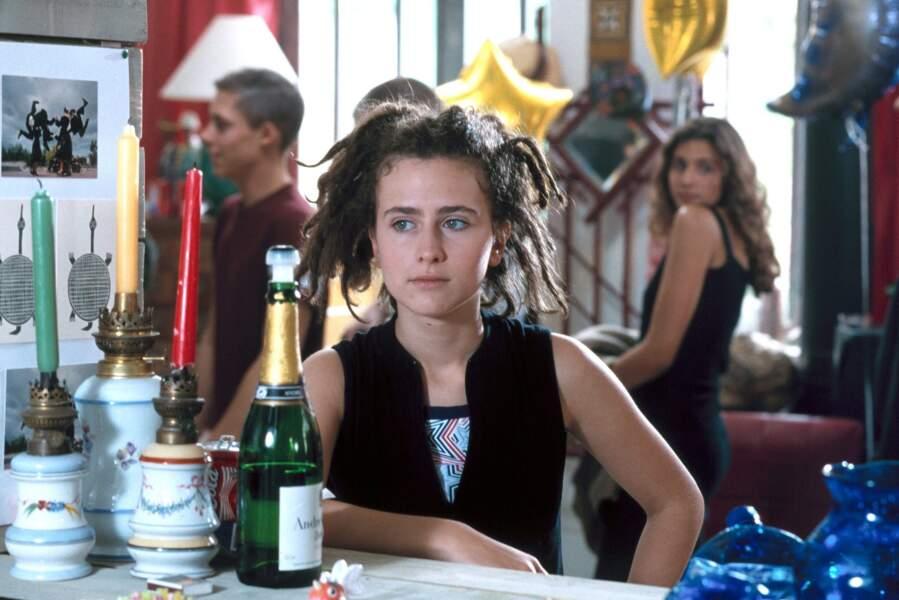 En 2001, elle joue dans le téléfilm L'Emmerdeuse