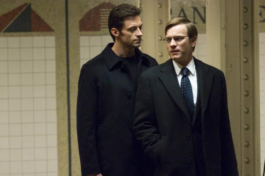 En 2008, il incarne un avocat diabolique dans Manipulation, face à Ewan McGregor