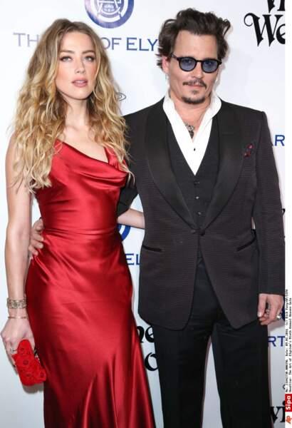 Amber Heard et Johnny Depp se rencontrent sur le tournage de Rhum Express en 2012