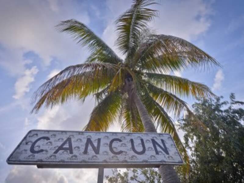 Pour leur retour sur W9, Les Marseillais partent cette fois à Cancún