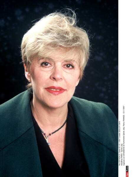L'humoriste Sylvie Joly, qui souffrait de la maladie de Parkinson, s'est éteinte à l'âge de 80 ans.