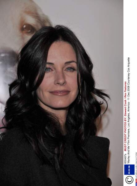 Elle est restée un an avec l'acteur et mannequin Brian Van Holt.