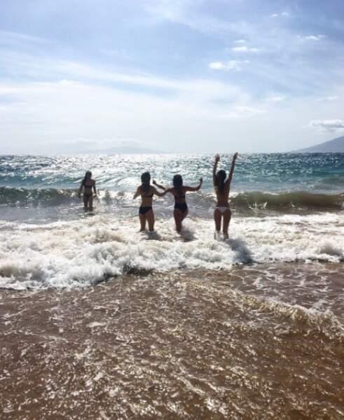 Il n'y a pas d'âge pour sauter dans les vagues