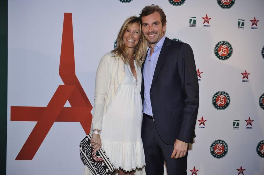 Bien que forfait pour le tournoi, Julien Benneteau est venu avec sa femme
