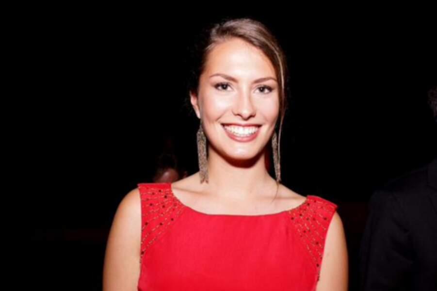 Léa Bizeul est la miss Bretagne 2015. Elle a pris la couronne après l'éviction d'Eugénie Journée