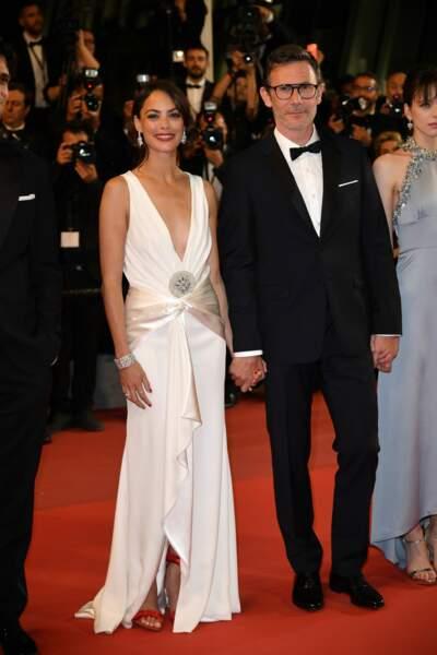 Michel Hazanavicius et Bérénice Bejo ont monté les marches main dans la main, littéralement. Ah, l'amour !