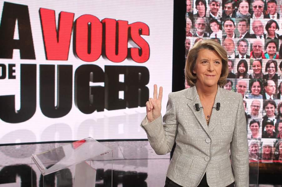 """et conduit """"A vous de juger"""" (France 2) jusqu'en 2011."""