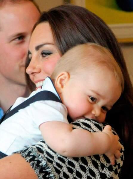 Mais là où il est le mieux, c'est quand même dans les bras de maman Kate...