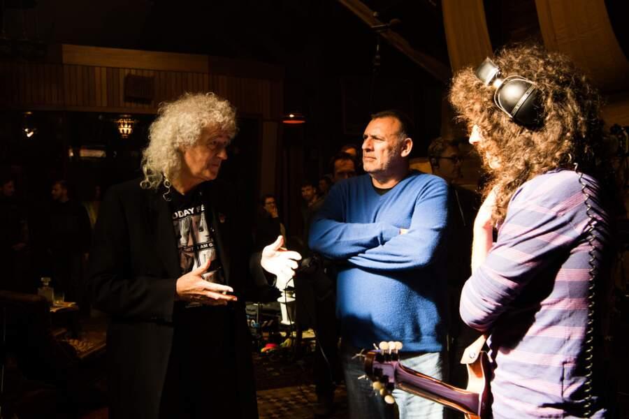 Brian May sur le tournage face à Gwilym Lee qui interprète son personnage à l'écran