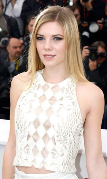 Claire Julien, jeune actrice aperçue dans Batman, The Dark Knight Rises.