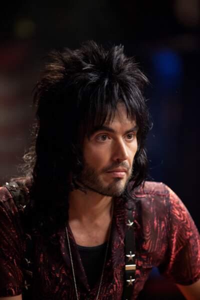 Russell Brand a loupé son brushing dans Rock Forever (2012)