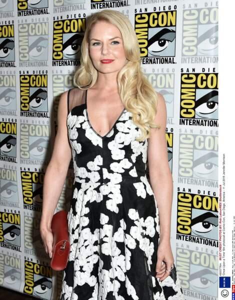 Jennifer Morrison, l'héroïne de Once Upon A Time en robe fleurie