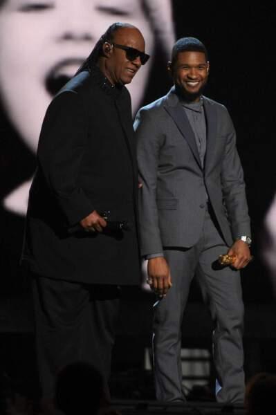 Bon, Usher est un veinard lui aussi. Etre sur scène avec Stevie Wonder, ça claque