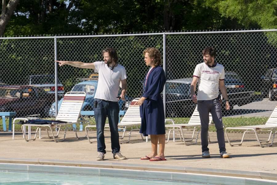 ... de la saison 3, laissant les autres sous la direction de deux autres réalisateurs. Ici avec Dacre Montgomery